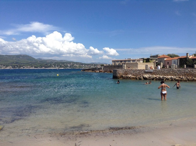 Beach on Ile de Benedor
